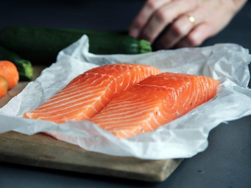 nuevas-recomendaciones-pescado-niños-porcar-pediatria